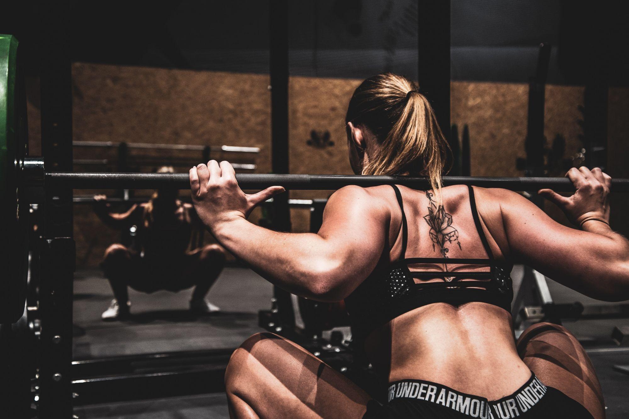 Ipertrofia muscolare e forza massimale: 10 esercizi da cui non si dovrebbe prescindere!